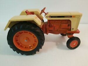 Vintage ERTL CASE 1030 Comfort King Toy Tractor - 1/16 Diecast Metal  N.R.