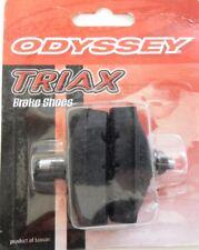 2 PATINS DE FREINS ODYSSEY TRIAX A VIS PITBULL B-137 BK  BMX ET VTT NEUFS