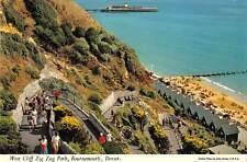 uk4998 zig zag path bournemouth  uk