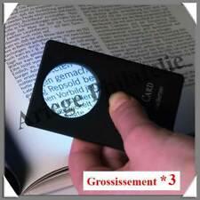 LOUPE de POCHE Type Carte Bancaire - 1 LED - Grossissement x3 - Lentille 33 mm
