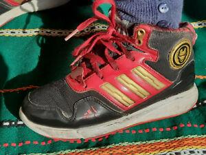 Heelys,  Adidas und Glitzerschuhe in Gr. 30-31 = 3 Paar Schuhe für Mädchen