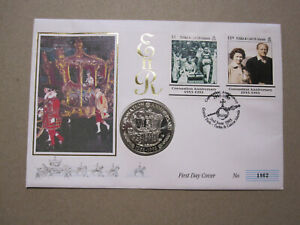 1993 Turks Caicos - Coronation 40th Anniv - stamps + T&C 5 Crowns coin on FDC