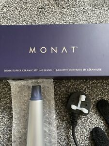 MONAT Limited-Edition Branded Showstopper Ceramic Styling Wand