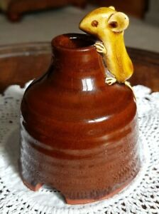 Nice David Cleverly Haytown Pottery Mouse 🐀 Pie Funnel
