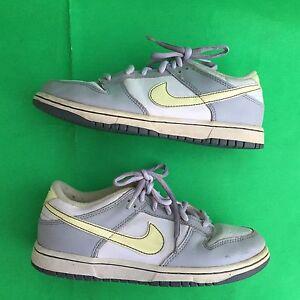 NIKE youth girl's fashion multi color walking shoe size--2Y