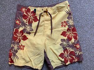 Ocean Pacific Board / Swim Shorts – Medium – (Surf / Sea / Swim)