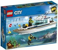 LEGO 60221 City Great Vehicles Diving Yacht Boat Toy with Diver Minifigures