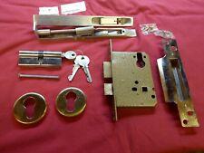 Yale 6 Pin Euro lock Complete with 3 keys + 2 Stainless Steel Lever locks unused