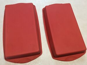 TWO TUPPERWARE RECTANGLE SILICON TUPPERCHEF RED SLICE FORM SILICONE SLICE TRAYS