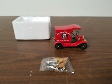Dog Pound Express Red Ford Model Car Die Cast  1/32