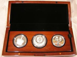2015 Longest Reigning Monarch of the Commonwealth Silver 3 Coin Set 0668/2015