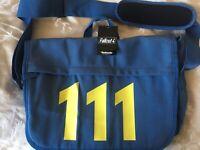 Fallout 4 - Official Vault 111 Shoulder Strap Bag Bethesda.