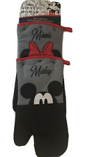 Disney Mickey Minnie Mouse 2-Pack Oversized Heat Resistant Oven Mitts Pot Holder