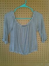 Hollister crop top small, striped white/black, elastic neck, sleeve and waist