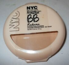 "NYC SMOOTH SKIN PARFAIT PERFECTING POWDER ""NATURALLY BEIGE"" 0.33oz. COMPACT!"