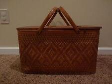 REDMON Vintage Large Picnic Basket Peru IND. Woven Nice Shape With Pie Shelf