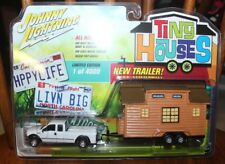 2017 JOHNNY LIGHTNING TINY HOUSES 2004 Ford F-250 Super Duty with Tiny House 1A