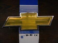 1980-1982 Chevrolet C/K Pickup-Blazer-Suburban Grill Emblem/Bowtie factory GM