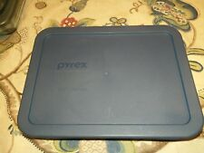 Pyrex 3 Cup Storage Container with Lid