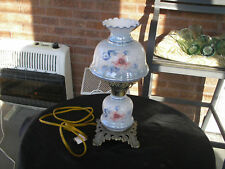 VINTAGE BLUE AND WHITE HURRICANE GONE WITH THE WIND SMAL LAMP WI FLORAL PATTERN