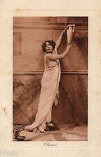 BE047 Carte Photo vintage card RPPC Femme Danses Antiques Regina Badet Chrysé