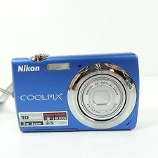 Nikon COOLPIX S220 10.0MP Digital Camera - Blue