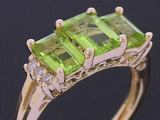 s R227 Genuine 9K Yellow Gold NATURAL Peridot & Diamond Trilogy Ring size 6