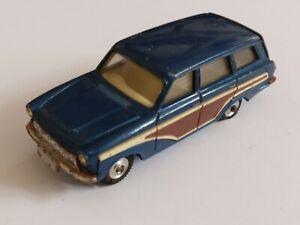 VTG 1960s CORGI No 440 FORD CONSUL CORTINA ESTATE CAR. VGC, WITH FACTORY ERROR