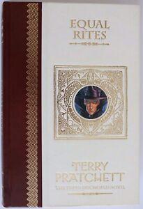 Book - Equal Rites - Terry Pratchett - Unseen Library 2001 - Good