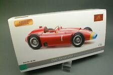 CMC Ferrari D50 Fangio 1956  Maßstab1:18