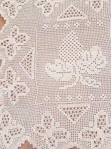 VTG Dark Cream filet crochet CHRISTMAS PINE CONE & BUTTERFLY Centrepiece Doily
