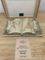 WDCC Cinderella's Sewing Book No Wood Stand 1st Issue COA New In Box Disney