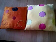 Lot de 2 coussins design jaune et orange