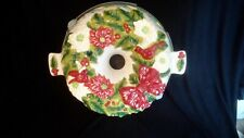 Temptations Ceramic Christmas Wreath Bunt Cake Holder with Plastic Cover 12""