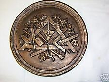 Bas relief symboles Franc Maçonnerie