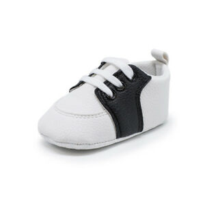 Newborn to 18 Months Baby Boys Girls Crib Shoes Infant Trainers Saddles Shoes