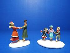 Department 56 - Seasons Bay - Skating On The Pond - 56.53324- Set Of 2