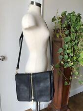 Zip Detail Cross Shoulder Lap Top Bag In Vegan Textured Leather