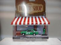 DATSUN 510 1970 + RACER CAR DRIVER HOBBY SHOP S5 GREENLIGHT 1:64