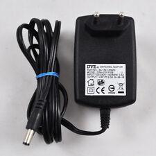 DVE Switching Adaptor DSA-0151F-09 / 30-132-100002 / 9V 2A / Adapter Netzteil