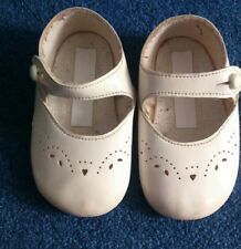 BABY GIRL SHOES PRAM SHOES Cream | Soft Sole 6-12 months