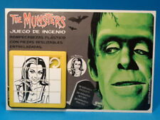 THE MUNSTERS * LILY (Yvonne De Carlo) * SLIDE PUZZLE SKILL GAME CARDED ARGENTINA