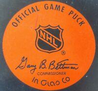 PITTSBURGH PENGUINS NHL HOCKEY OFFICIAL GAME PUCK VINTAGE  GARY B BETTMAN INGLAS