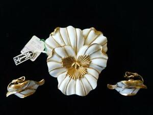 Vintage CROWN TRIFARI White Enamel Pansy Brooch & Earrings Set-Original Tags!