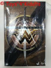 Hot Toys MMS 424 Wonder Woman Gal Gadot (Training Armor Version) Figure NEW