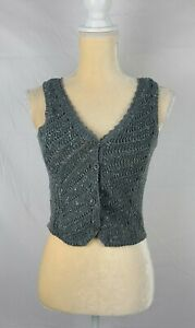 Coincidence & Chance Women's Gray Sleeveless Cropped Buttoned Knit Vest sz M