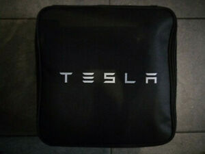 Tesla UMC Model 3 Ladegerät 2.Generation Schuko