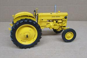 JOHN DEERE 420 INDUSTRIAL TRACTOR High Detail Model 1/16 Scale WF Toy