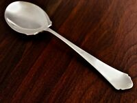 - R WALLACE & SONS STERLING SILVER BERRY / CASSEROLE SPOON: ANTIQUE 1926 NO MONO