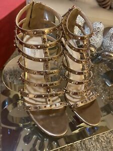 Valentino Rockstud Gladiator Gold Heels, sandals. Authentic! Size 39 (6)